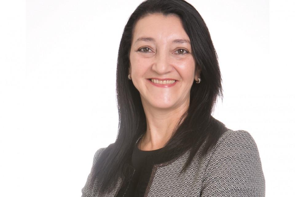 Valéria Cristina Regino Ferreira